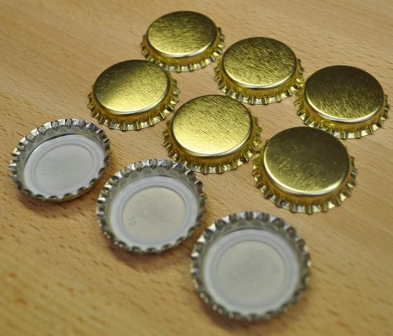 Korunkové zátky zlaté - 100ks